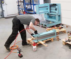 Teollisuuden erikoiskonevalmistajan koneenrakennusprojekti käynnissä.